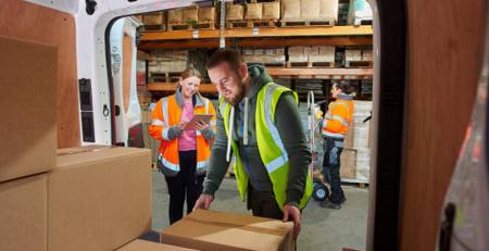 Cách sắp xếp hàng hoá lên xe tải tiết kiệm không gian và gọn gàng