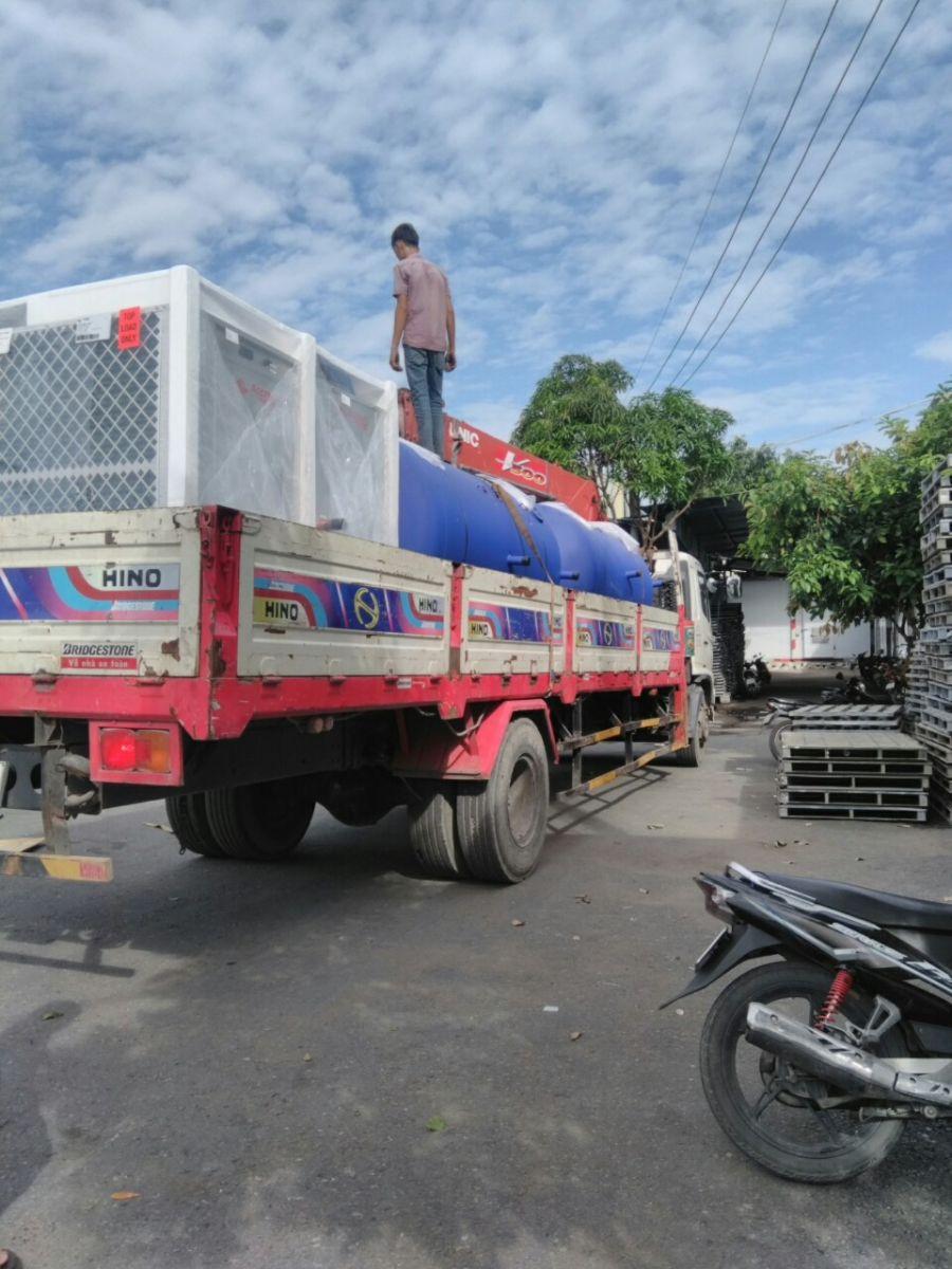 Cho thuê xe cẩu hàng tại Long An – Vận tải Lâm Sang