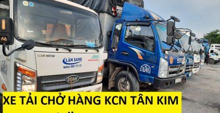 Xe tải chở hàng KCN Tân Kim
