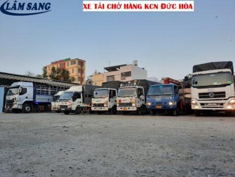 Xe tải chở hàng KCN Đức Hòa